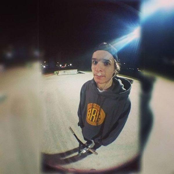 Night session. Skateparklife Skatepark Scooter Scooterlifestyle Reflektori Fisheye Hoodie BRKclothing Burke