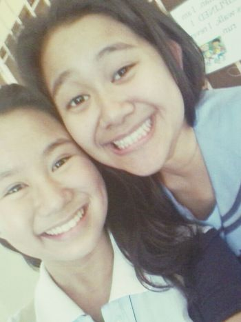 w/ ate michelle ♥♥ twin sister haha ~~ ♥ Twin Sister LastDay Friends ♥