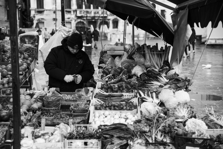 Adult Freshness Fruit Italy Market Stall Men One Man Only Real People Retail  Selling Selling On The Street Small Business Street Market Streetphotography Vegetable Venice