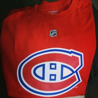 Can't wait to rock this beauty tonight courtesy of the greatest boyfriend ever. Gohabsgo Game7 31 Lovehim