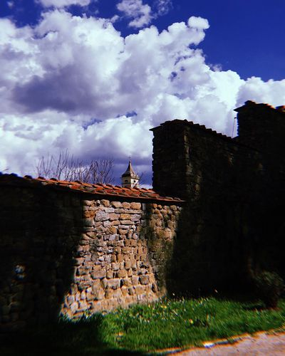 Cloud - Sky Sky Built Structure Building Exterior Architecture Building History Wall - Building Feature Place Of Worship Plant Religion Day Wall Low Angle View Travel Destinations Nature The Past Outdoors No People Old