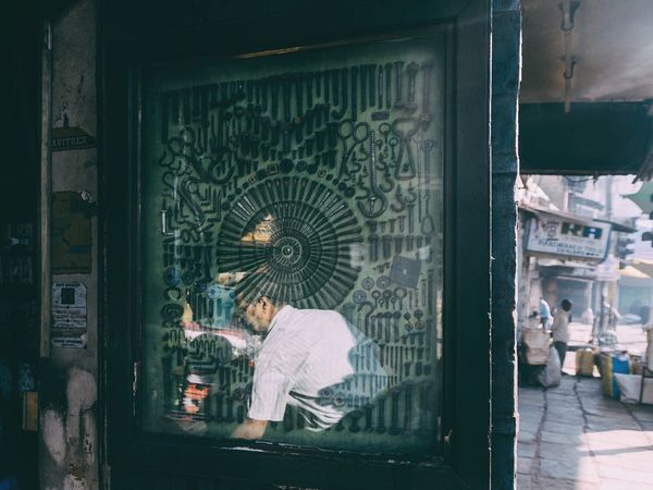 Showcase: February Street Life Streetphotography Ahmedabad India Perspective Mechanic Shop Store The Photojournalist - 2016 EyeEm Awards The Street Photographer -2016 EyeEm Awards The Portraitist - 2016 EyeEm Awards
