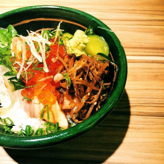 吃飯。 丼飯 刺身 Taiwan Food Seafood Seafood Yum:)