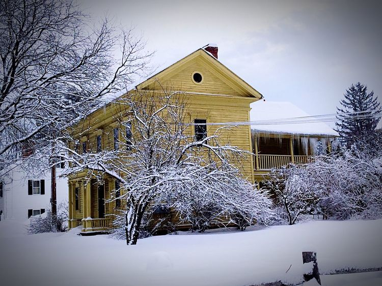 Winter Snow ❄ Old House Old Buildings Yellow House