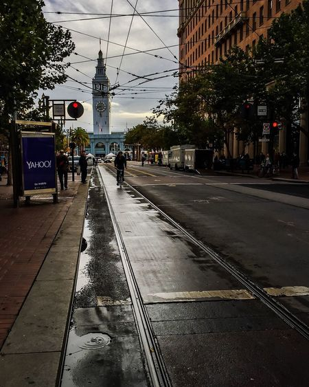 Rain Wet City San Francisco Iphone 6 Leading Lines Vanishing Point Bicycle Yahoo Ferry Building
