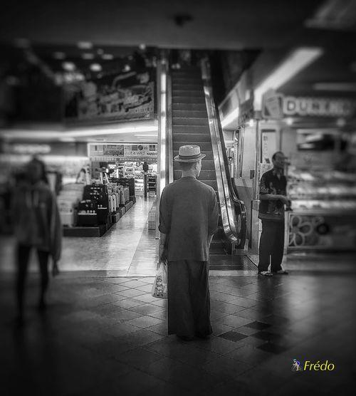 Buster Keaton Real People Walking Character Personnage Chiang Mai | Thailand Chiang Mai Street Photos😄📷🏫⛪🚒🚐🚲⚠ Eyeemoftheweek Eyeemphotography Eyeemoftheday Eyeem Of The Day Streetphotography Thailand Photos