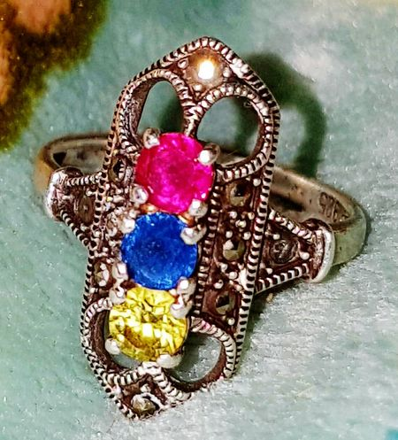 No People Close-up Indoors  Lieblingsteil Ring Silver Ring Silver  Sterling Silver Crystals Emerald Green Pink Yellow Amber Stones Antique Look Ladies Ring Jewellery Jewelry Silver Jewelery Silver Jewellery 925 Sterling Silver