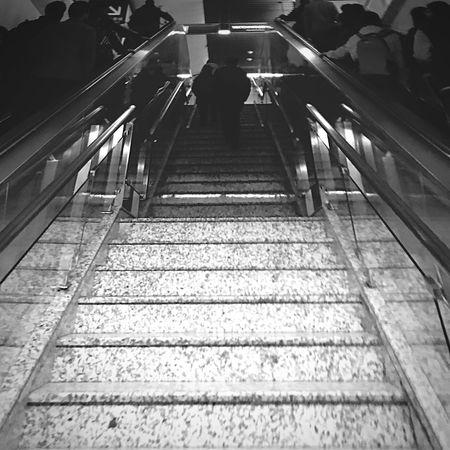 心情赞 坐个地铁玩