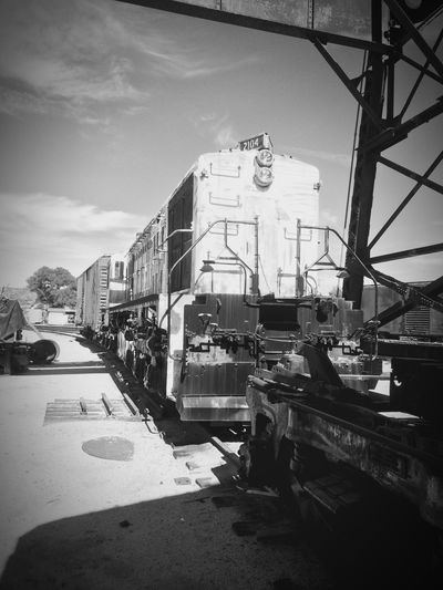 Monochrome Photography Transportation Architecture Mode Of Transport Outdoors Day Geometric Shape Outdoors Photograpghy  Train Museum EyeEm Gallery Train Man Made Object Southern Pacific Railroad. IPhoneography Campo Ca Transportation Train Engine Built Structure No People Metal