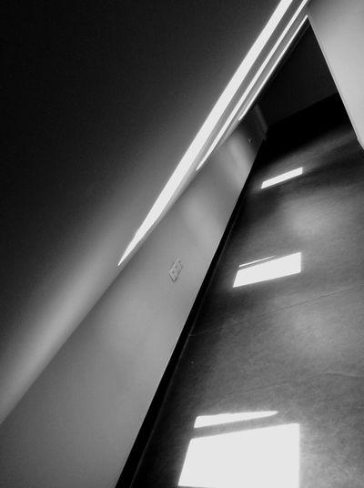 Creative Light And Shadow Light Through The Window Exploring Light And Shadow Sunlight