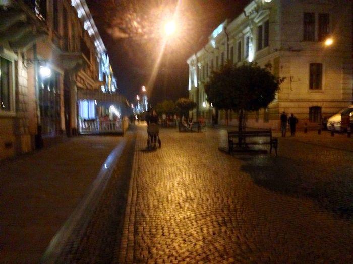 Ночная Улица Кобылянская...