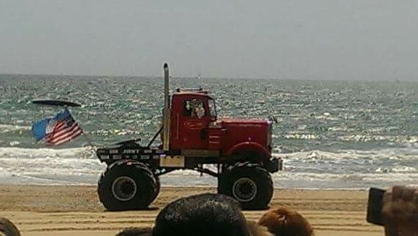 Monster Trucks :) Beachphotography Tourist Attraction  Coastline