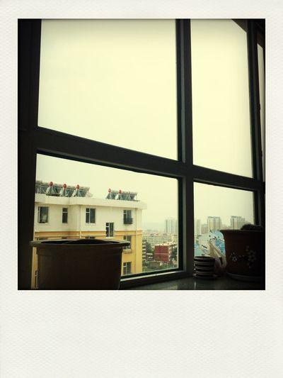 天空 灰色的