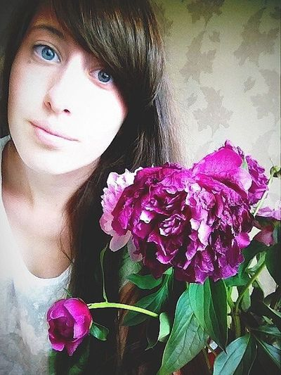 Girls Russia Russian Flowers