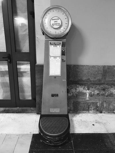 Bilancia da stazione antica Bilancia Stazione Catania Antica