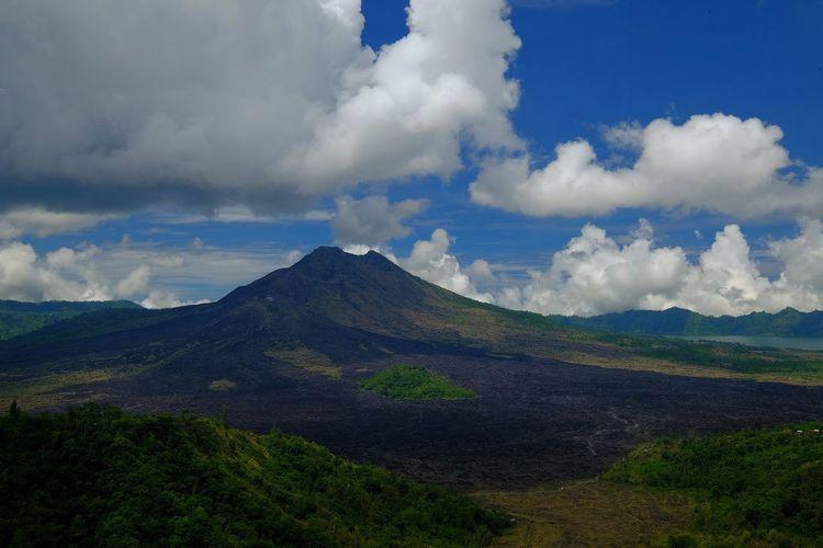 batur mountain, in bali Indonesia Mountain Cloud - Sky Clouds And Sky Blue Sky Batur Batur Mountain View Bali INDONESIA Mountain Volcanic Landscape Lava Volcano Ash Sky Cloud - Sky Landscape Geology Active Volcano Erupting