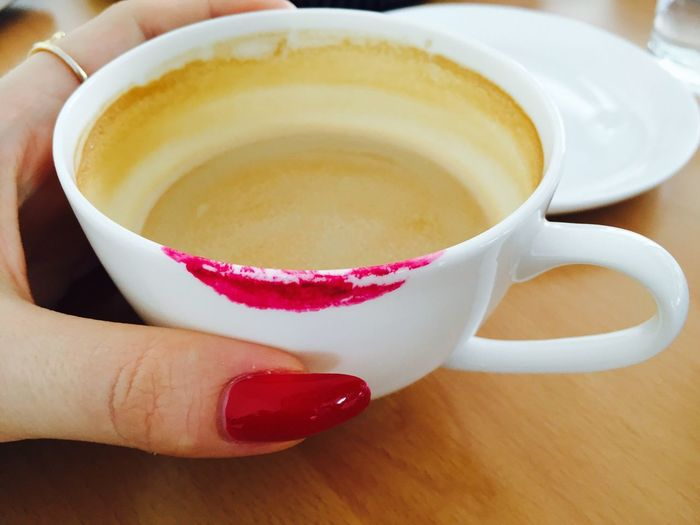 Coffee Time Coffee Coffee Break Closeupshot Close-up Coffee Close Up Fingers Nails Lipstick Stain Stain Red 43 Golden Moments Showcase July