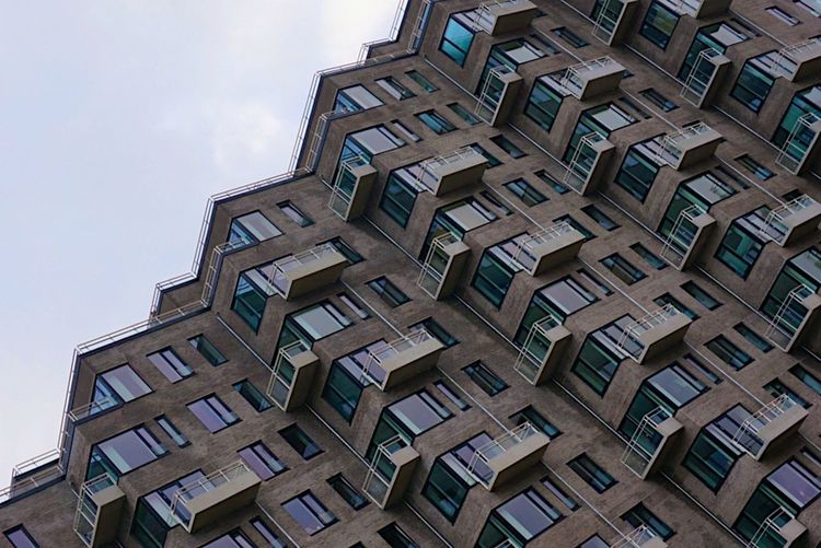 Minimalist Architecture Mette Bruus Mettebruus Minimalism Modernarchitecture Windows Balcony Ladyphotographerofthemonth Shootermag Architecture_collection City Denmark Architecture Low Angle View No People Day Building Exterior Built Structure City The Graphic City Stories From The City The Architect - 2018 EyeEm Awards #urbanana: The Urban Playground
