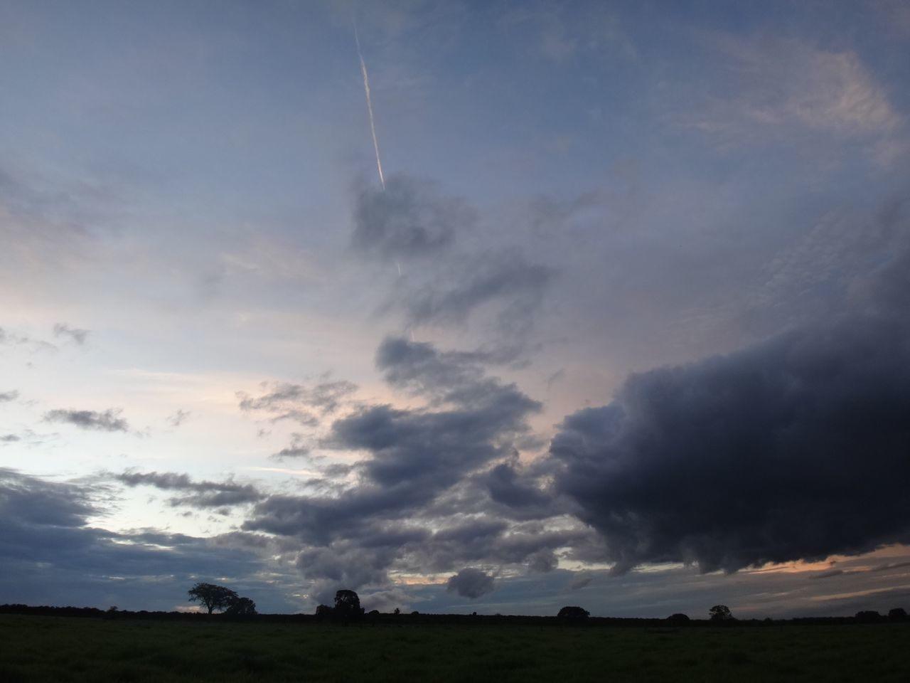sky, cloud - sky, nature, landscape, scenics, tranquil scene, tranquility, no people, beauty in nature, vapor trail, sunset, outdoors, day, animal themes
