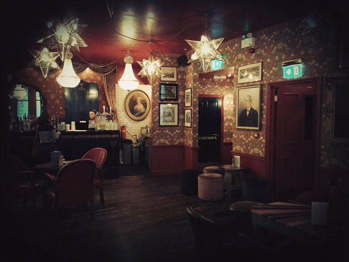 Revisiting the Cousy Club Check This Out Hanging Out Taking Photos Enjoying Life CousyClub Pubs Pub Restaurant Retro Relaxing Urban Travel Beer Bar Discover Your City Cosyclub Life