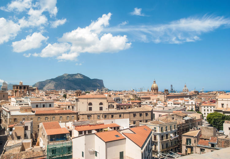 view of the city from above. Palermo, Sicily Palermo Palermo, Italy Palermo,Sicilia Palermo❤️ Architecture Building Building Exterior Built Structure City Cityscape Cloud - Sky Crowd Crowded Day House Mountain Nature Outdoors Palermo Shooting Residential District Roof Sky Town TOWNSCAPE