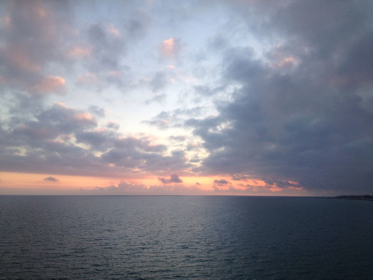 sea, freedom, sunset, nature, remote, water, choice, strength, vistas, scenics, tranquility, beauty in nature, sky, no people, outdoors