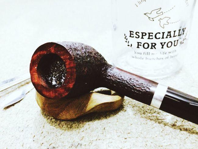 smoke a pipe and be silent :) Pipe Smoking Pipesmoker Enjoying Life Relaxing