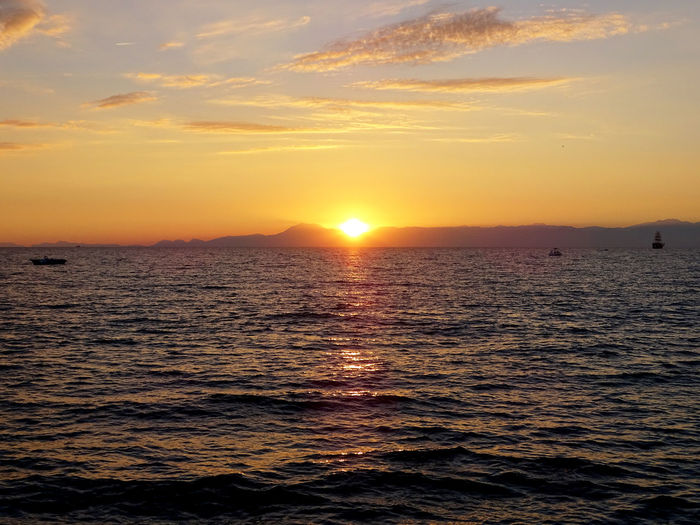 Wave Water UnderSea Sea Nautical Vessel Sunset Beach Beauty Sea Life Horizon Seascape