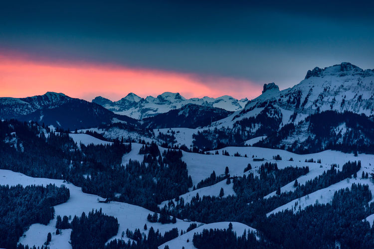 Winterlicher Sonnenaufgang über dem Emmental Beauty In Nature Cold Temperature Day Landscape Mountain Mountain Range Nature No People Outdoors Scenics Sky Snow Snowcapped Mountain Sunset Tranquil Scene Tranquility Tree Winter
