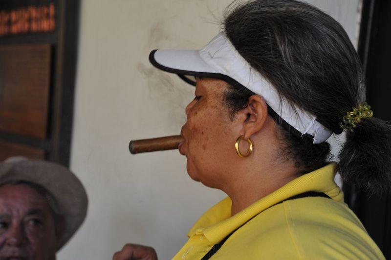 Cuba Havana Sigaro Taking Photos Check This Out Hello World Nikonphotography Photos