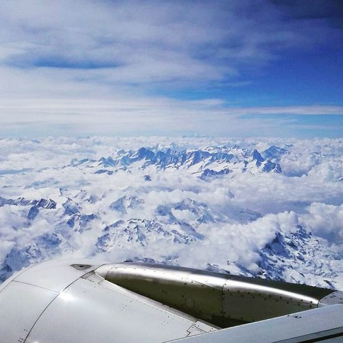 Nice! Aerial View Cloud - Sky Airplane Matterhorn  Swiss Air Vacation Urlaub Airbus A319 Berge Beauty In Nature Air Vehicle Mountains Schön Flying Fliegen Picoftheday Skyporn Nice Wow!!😋 Skylovers Sky_captures Good Morning Guten Morgen Photography Skyscape