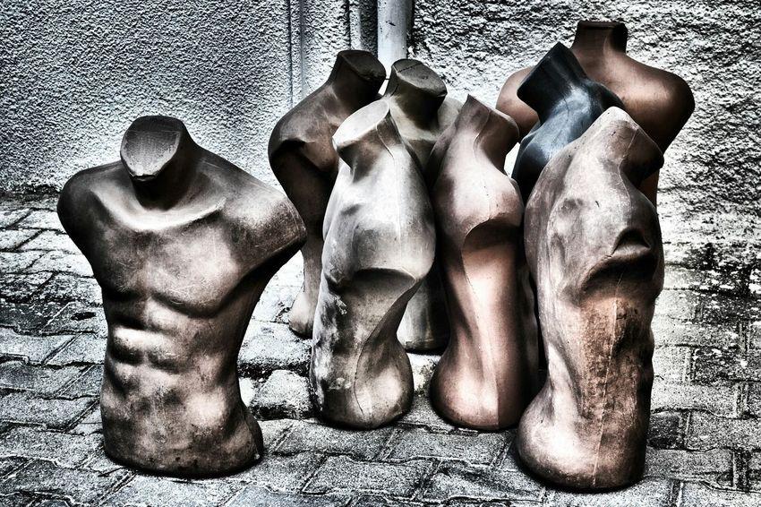 Men waiting Men Waiting Manequins Headless Headless Men Queuing Que