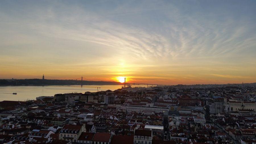 Lizbona Portugalia Sunset City Sea Sky Cityscape Lisbon - Portugal Lisbonlovers Lisbon Portugal Lost In The Landscape