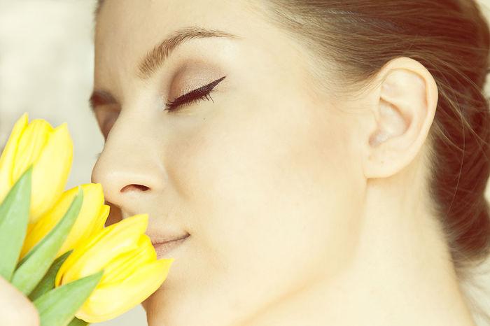 Тюльпаны цветы мейкап макияж  жёлтые тюльпаны солнце Tulips Flowers Yellow Tulips Sunlight Makeup Make Up мейк