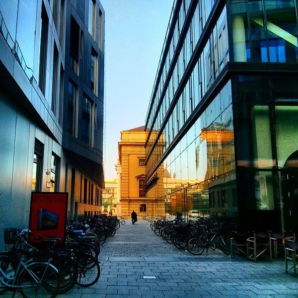 Radlparkplatz Reflections Architecture Cityscape Streetphotography staatsoper urbanlife bicycles glassstructure