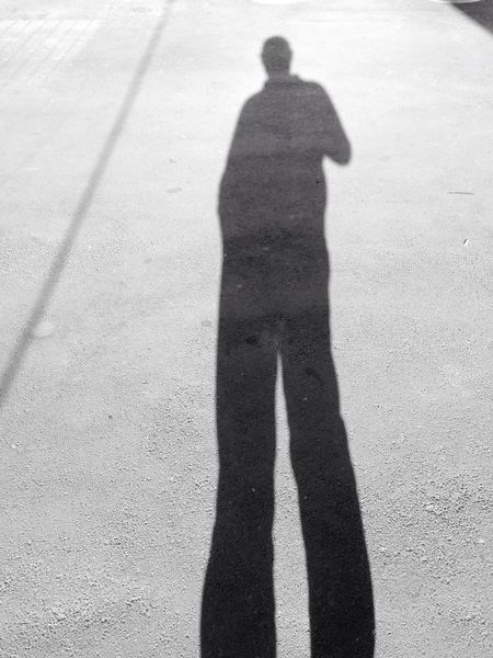 Hello World That's Me Cheese! Altezza Perspective Männer Personal Perspective Person Uomini Ombre Ombres Et Lumières Ombre E Luci Shadow Shadows & Lights Shadow Play ShadowSelfie Shadow Photography Shadows And Silhouettes