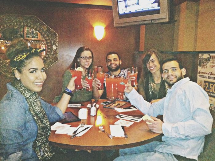 Eating Bingo Night Friends Cheers