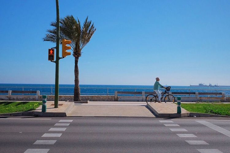 Ocean Ocean View Biking At The Ocean Urban Bycicle Urban Transportation Urban Lifestyle Fujifilm_xseries Fujifilm