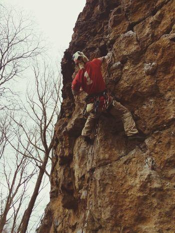 義経岩 Climbing シーズンはじめ。なまら寒い…(´・_・`) 気温はもちろん一桁です(´・Д・)」