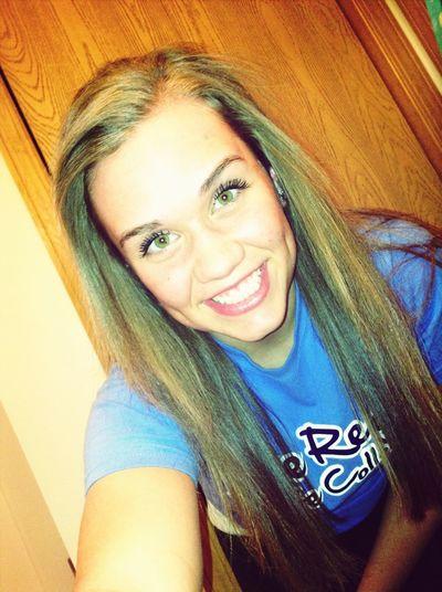 Smile because you can! #greeneyes #whiteteeth #bigsmile #me #love