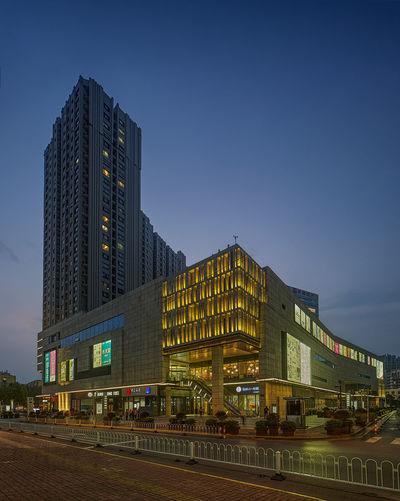 環宇城 Blue City Clear Sky Sky 商業區 夜景 廣告牌 建築 攝影 燈光 風景 馬路