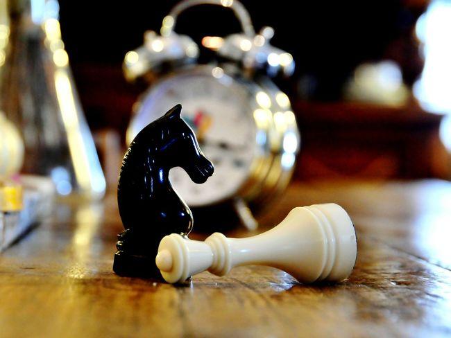 Hello World Hi! Chess AlarmClock Alarm Clock The Wooden Table