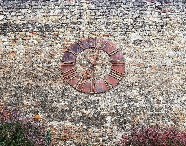 Circle Pattern Full Frame No People Close-up Architecture Low Angle View Built Structure EyeEmNewHere Zagreb - Centar Zagreb Cathedral Zagreb Zagreb City Croatia Textured  Clock Clockporn Clock Watching
