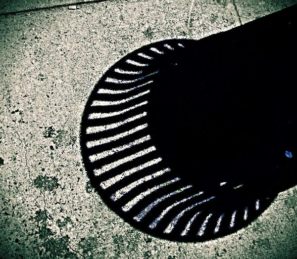 IPSLight Exploring Light And Shadow Trash Cans
