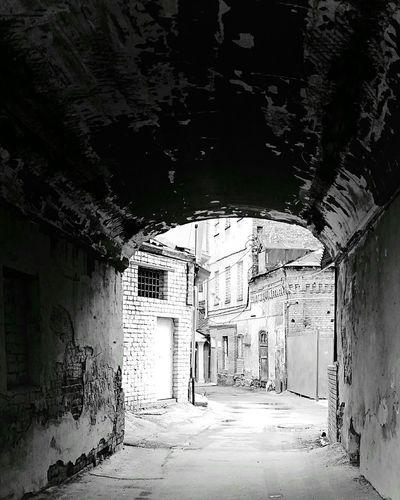 Mobilephotography Streetphotography Streetphoto_bw Monochrome Urban Decay Oldtown