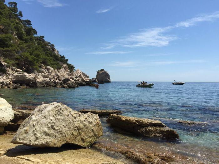 La beauté des calanques de Sugiton Beach Calanques  Calanques De Marseille Calenque Calenques Coastline Marseille Mer Plage Rock Sea Sugiton Tranquil Scene Water Showcase February