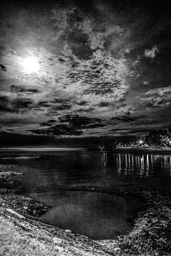 Argentina Black And Black Black And White Blanco Y Negro Moon Nature Night No People Outdoors River Sunlight Tranquility Water Winter