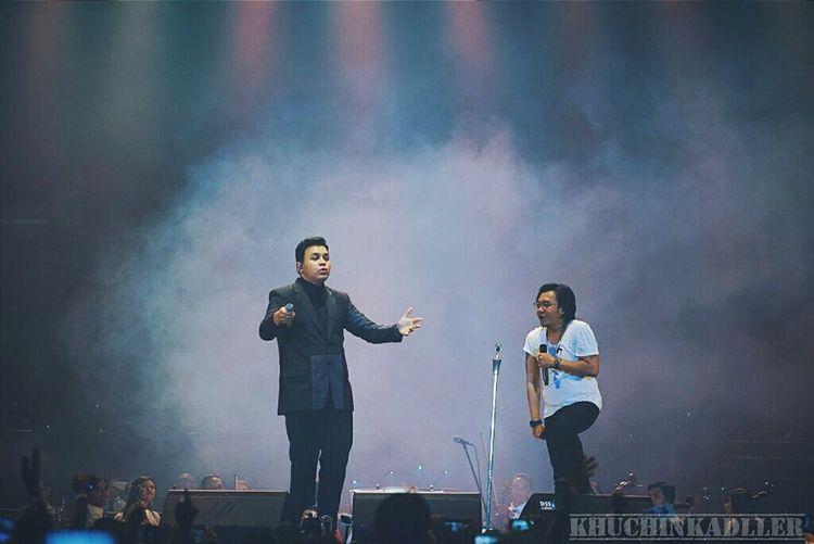 Dua Ruang Tulus Ari Lasso Music INDONESIA Jakarta Senayan  Istora Stage Photography Concert