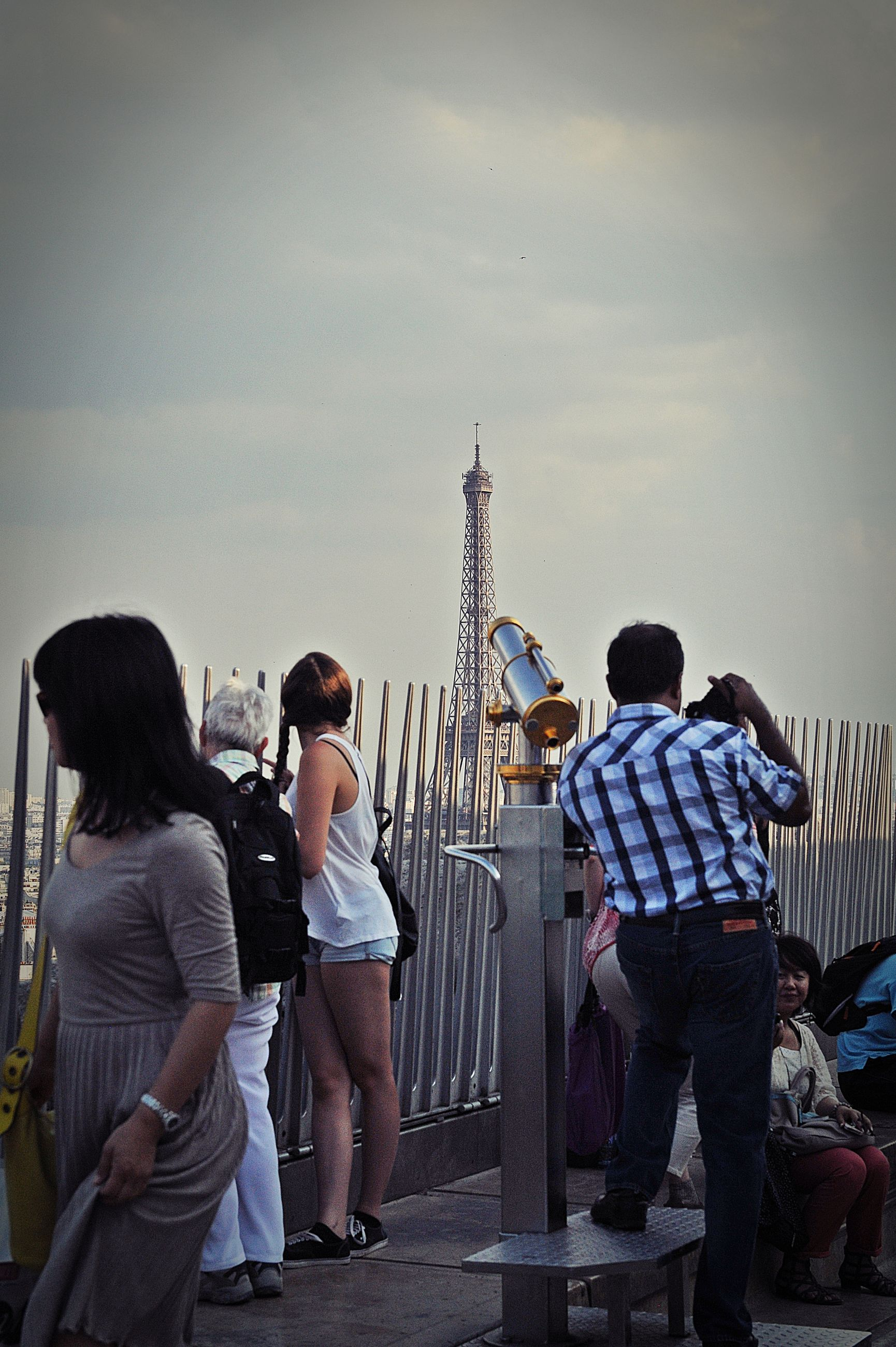 real people, rear view, tourism, leisure activity, travel destinations, built structure, architecture, women, travel, men, tower, sky, lifestyles, building exterior, casual clothing, vacations, outdoors, large group of people, full length, day, city, togetherness, friendship, coin-operated binoculars, people
