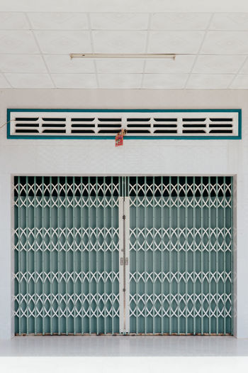 Architectural Detail Architecture Close-up Detail Door Gate Green Minimal Minimalism Simplicity Vietnam The Architect - 2017 EyeEm Awards